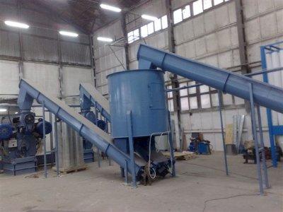 šiaudų granulių gamybos linijos 1000-2500 kg/h